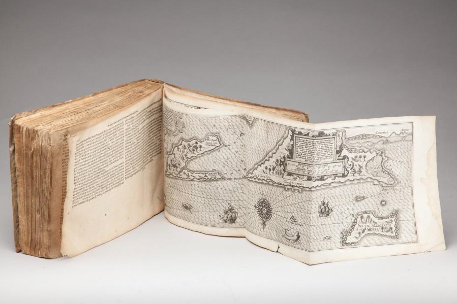 Lucas Janszoon Waghenaer (vers 1534-1606), Trésorerie ou Cabinet de la route marinesque contenant la description de l'entière navigation et cours de la mer septentrionale […], Amsterdam, 1606. © 2015 - La Gazette Drouot
